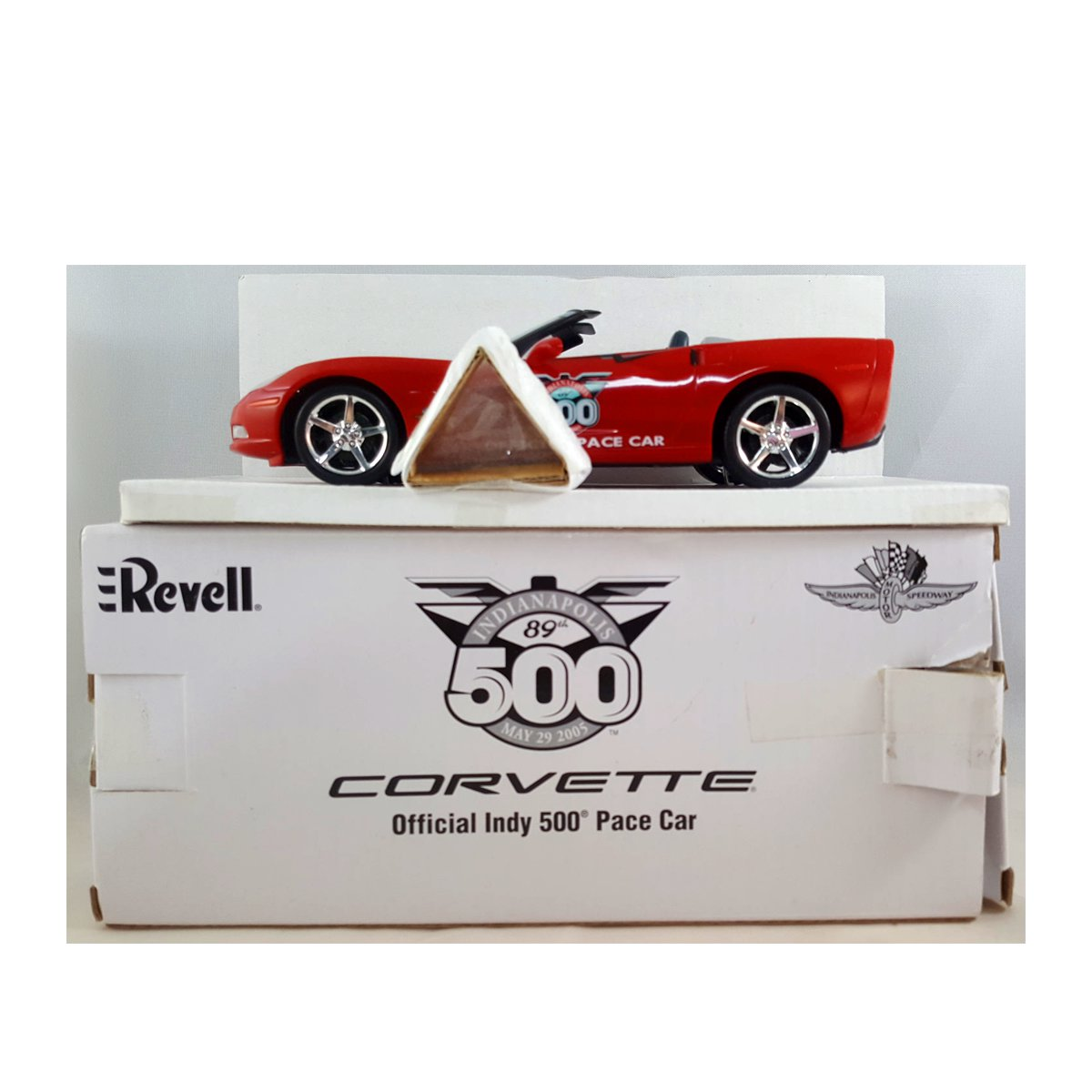 Revell 2005 Red Corvette Official Indy Pace Car Promo Model 1:25 Scale No. 85-0961 by Revell