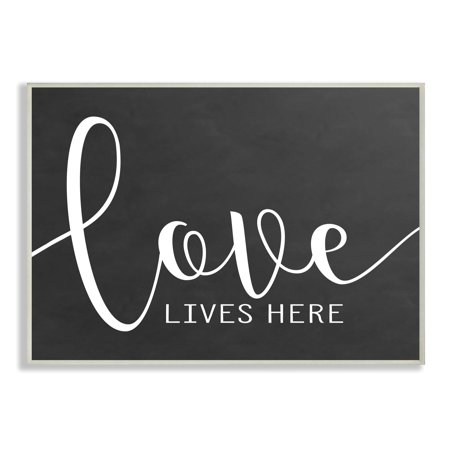 The Stupell Home Decor Collection Love Lives Here Wall Plaque Art, 10 x 0.5 x 15 ()