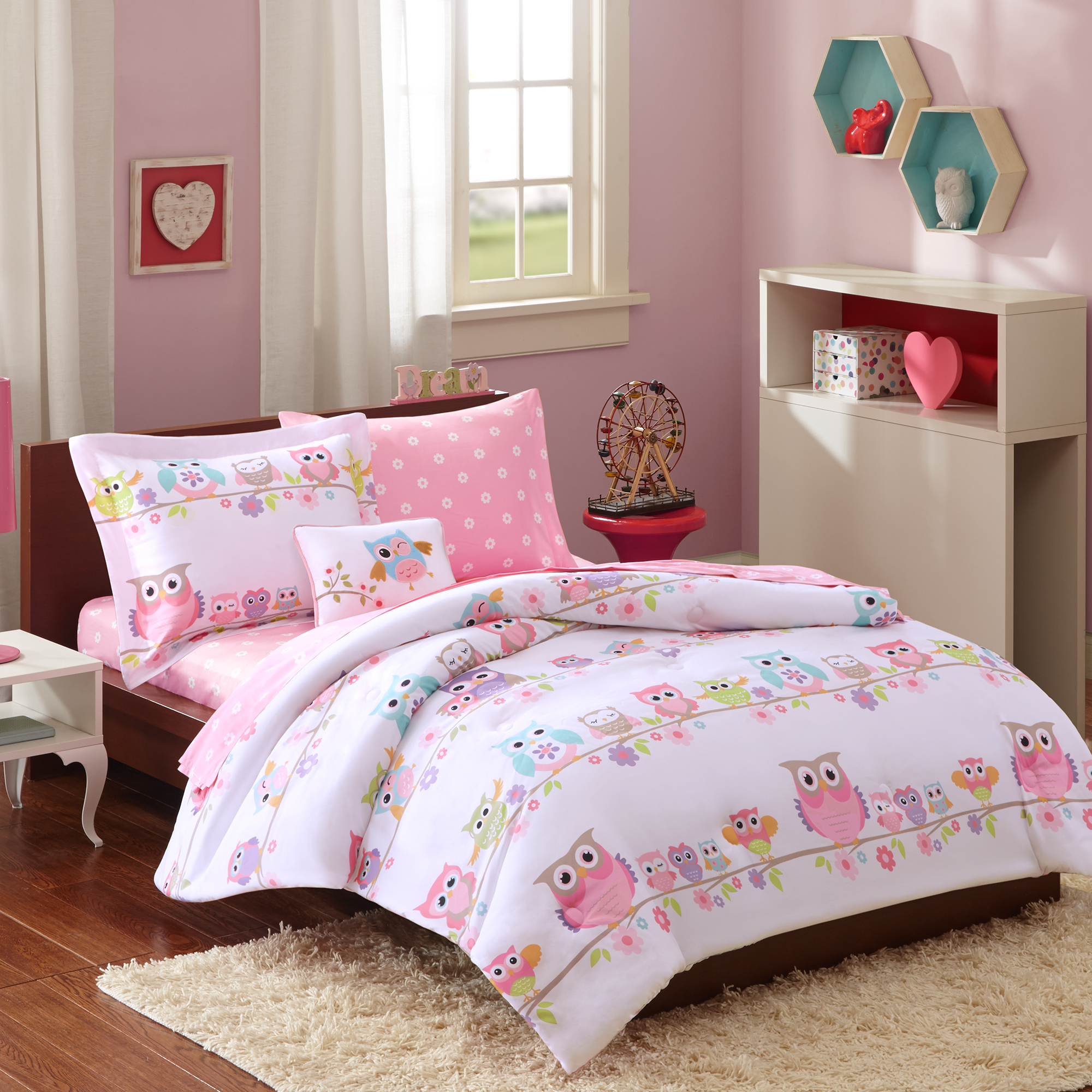 Home Essence Kids Striking Sara Complete Bed and Sheet Set