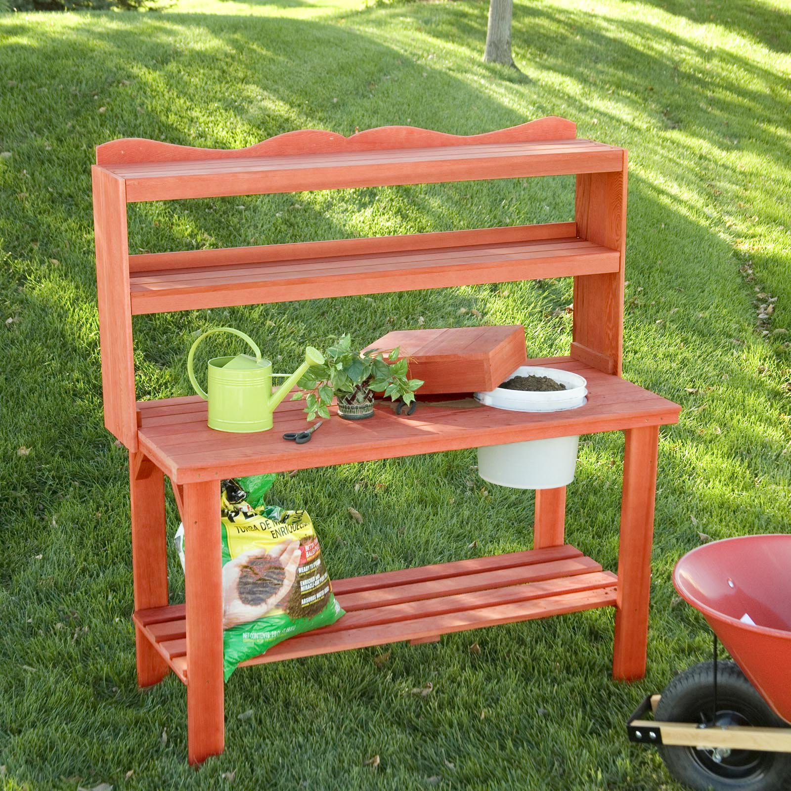 Wood Country Master Gardener's Cedar Wood Potting Bench