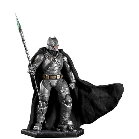 Batman Battle Damaged Armor Batman vs Superman Iron Studios 1/10 Scale Statue