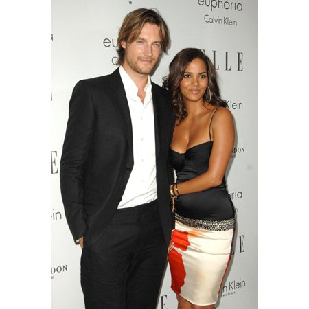 Halle Berry At Arrivals For 15Th Annual Elle Women In Hollywood Event The Four Seasons Beverly Hills Los Angeles Ca October 06 2008 Photo By Dee CerconeEverett Collection Celebrity