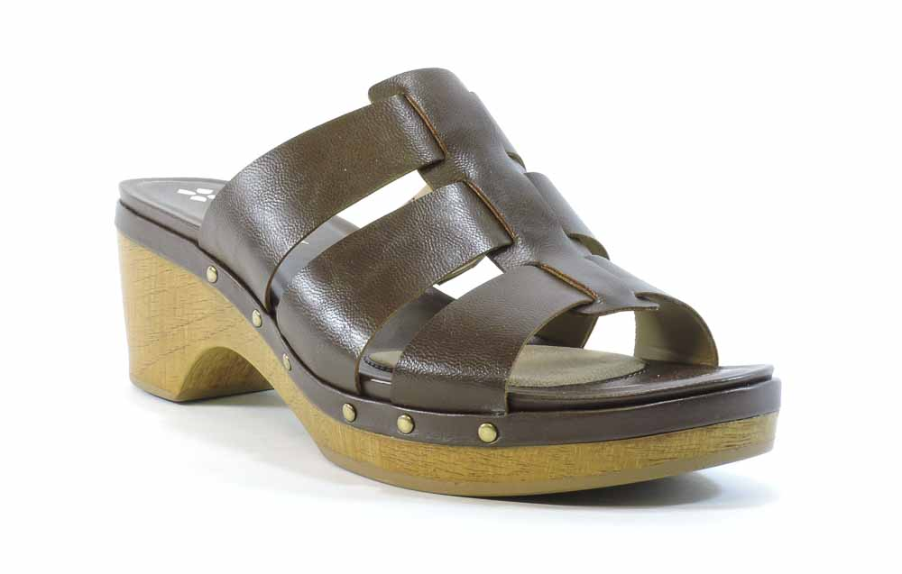 Naturalizer Women's Gramercy Sandal by Naturalizer