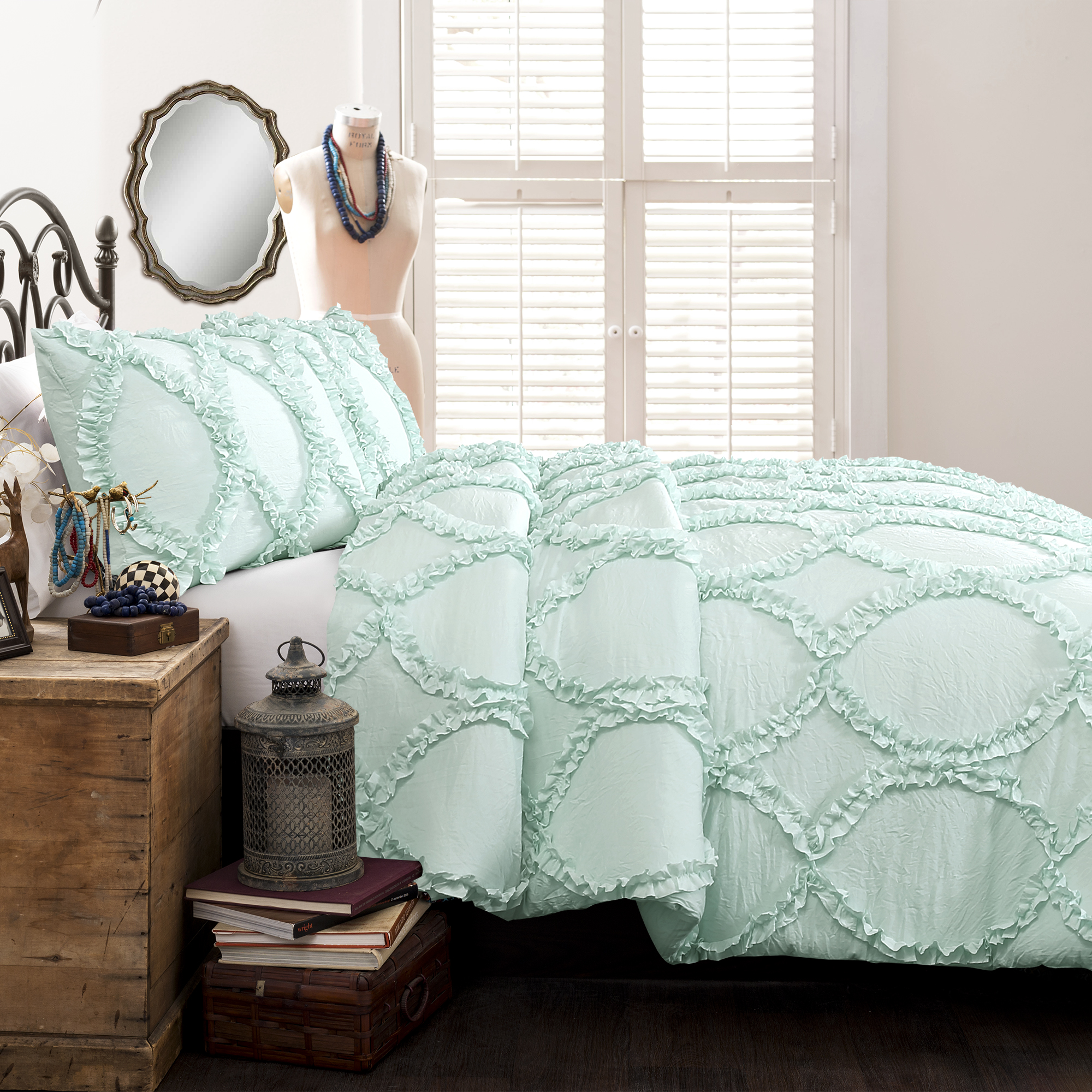 Avon Comforter Light Aqua 2 Pc Set Twin by Lush D��Cor