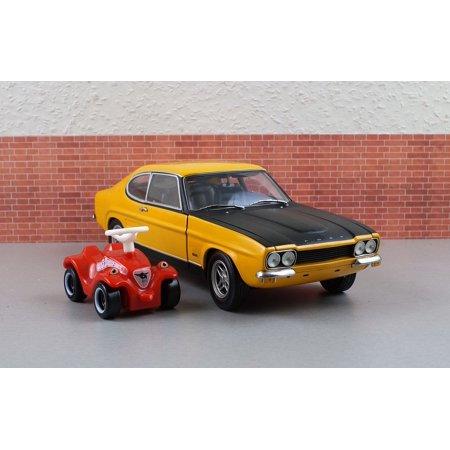 canvas print bobby car capri model ford model car ford. Black Bedroom Furniture Sets. Home Design Ideas