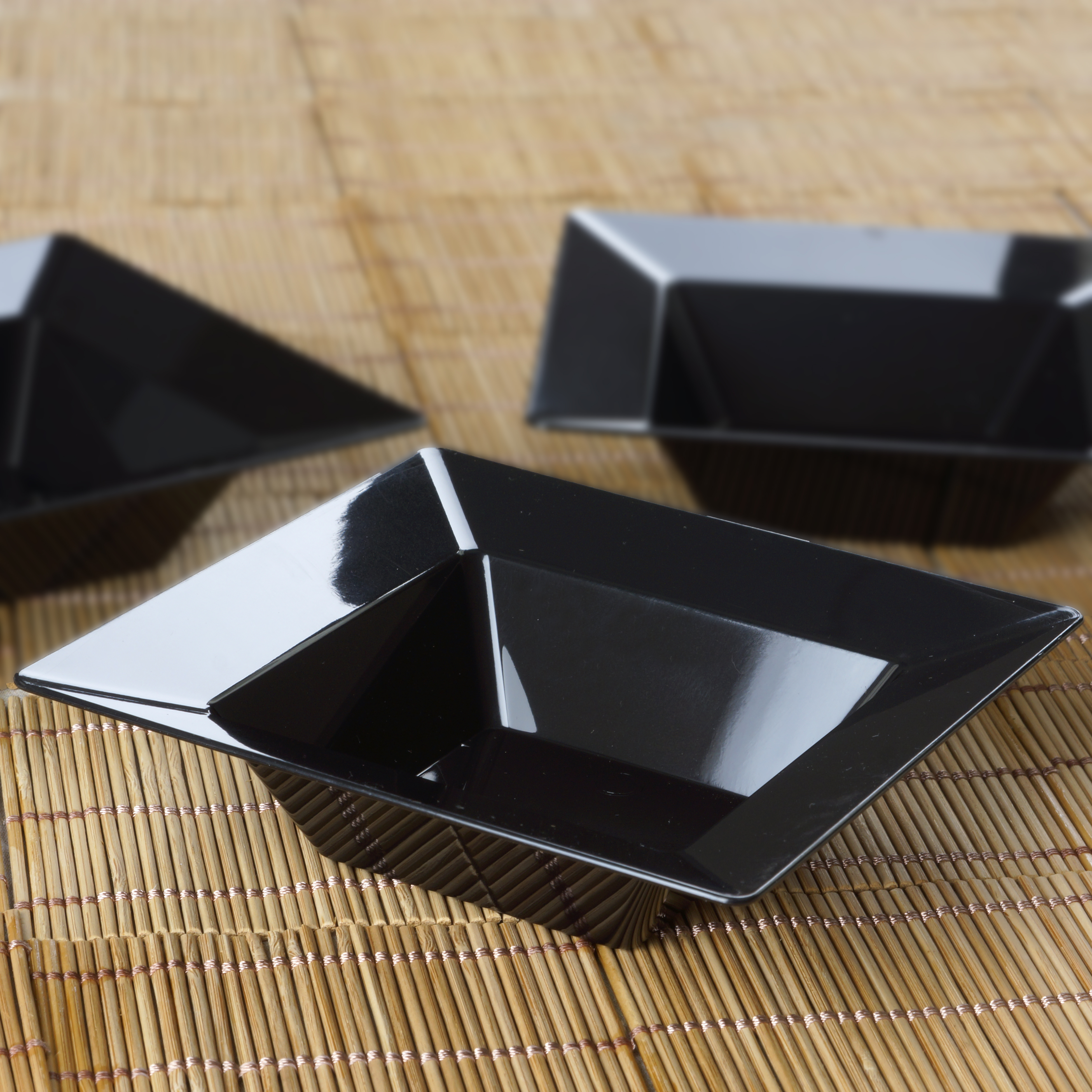 BalsaCircle 10 pcs 5 oz Disposable Square Plastic Dessert Bowls -  Party Tableware