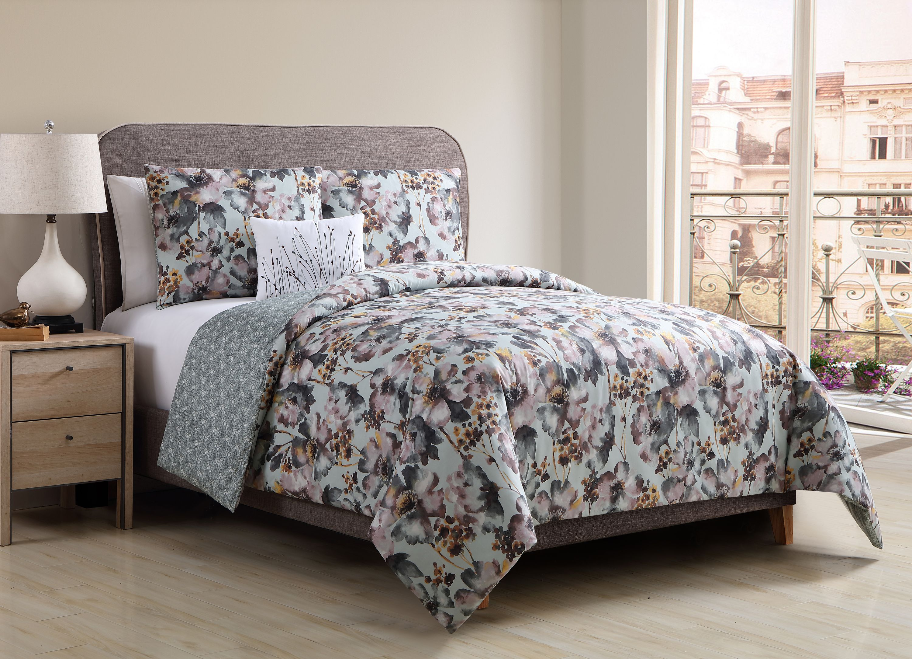 Better Homes And Gardens Floral Bouquet 4-Piece Bedding