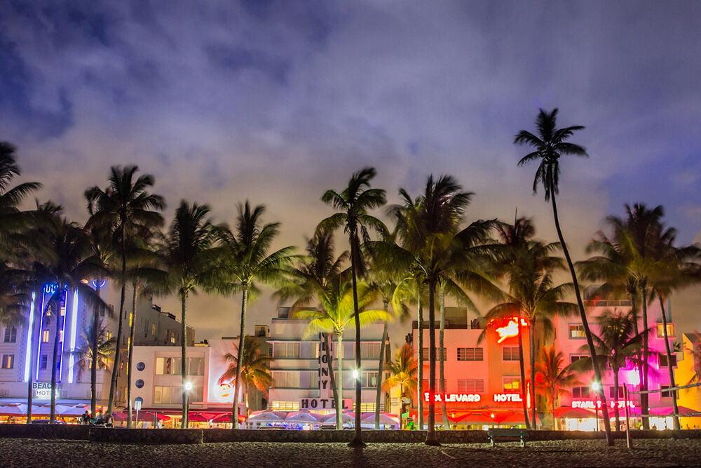 CANVAS OR PRINT WALL ART Miami Beach Night Florida