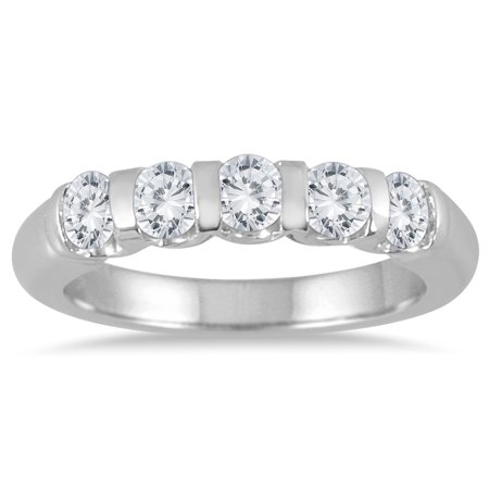 3/4 Carat TW Five Stone Diamond Wedding Band in 14K White Gold  (J-K-L Color, I2-I3 Clarity)