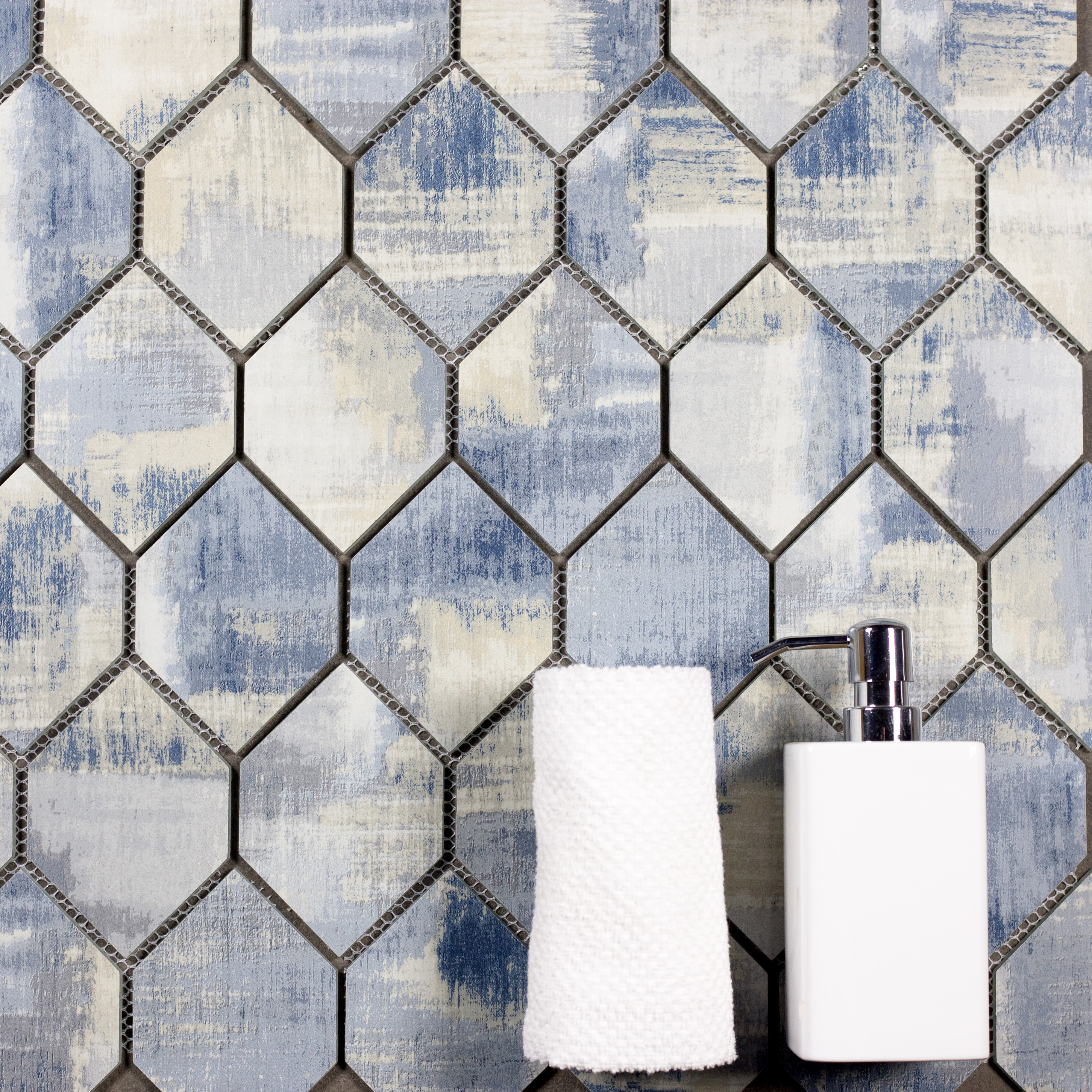 "Abolos- Nature Honeycomb 3.5"" x 5.13"" Glass Mosaic Backsplash Tile in Cement Blue/Gray (2.6sqft / 5pc Box)"