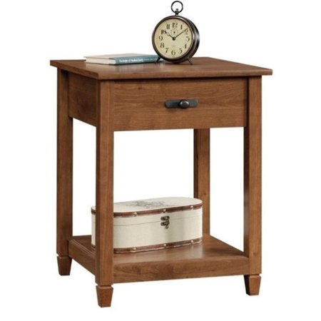 Pemberly Row End Table in Auburn Cherry (Auburn Square)