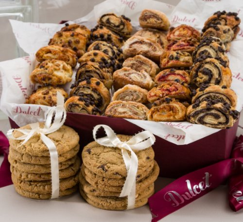Dulcet Gift Baskets Sweet Success Gourmet Cookie and Snacks Gift Basket