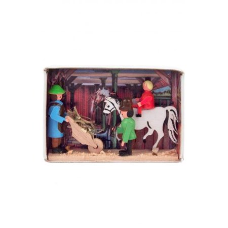 Alexander Taron 028-154 Dregeno Matchbox - Stable with Farmers & Horse