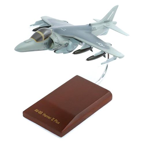Daron Worldwide AV-8B Harrier II USMC Model Airplane