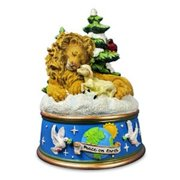 Lion & Lamb Figurine Multi-Colored