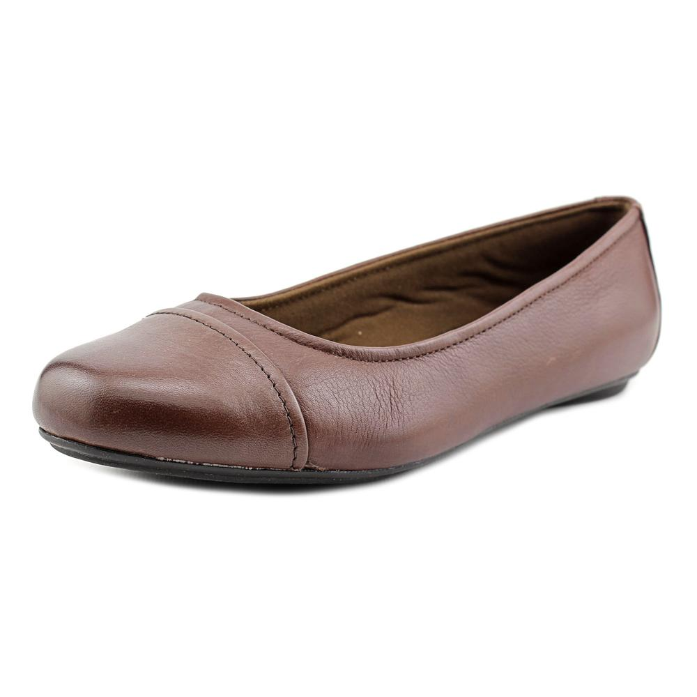 Eastland Gia N S Round Toe Leather Flats by Eastland