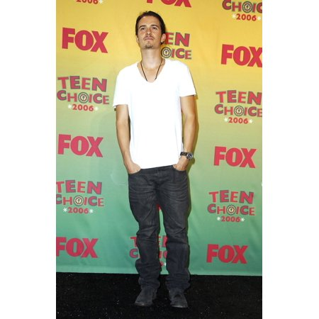 Orlando Bloom In The Press Room For Teen Choice Awards 2006 - Press Room Gibson Amphitheatre Universal City Los Angeles Ca August 20 2006 Photo By Michael GermanaEverett Collection Celebrity - Party City In Orlando Fl