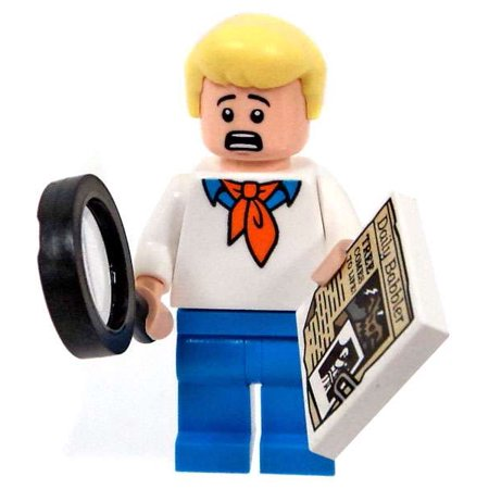 LEGO Scooby Doo Fred Minifigure [Magnifying Glass and Daily Babbler] - Lego Halloween Scooby Doo