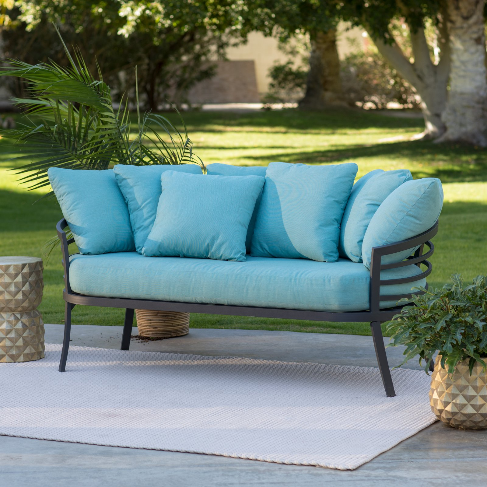 Salon Taupe Et Turquoise belham living parry bay aluminum 2 piece outdoor daybed and ottoman set