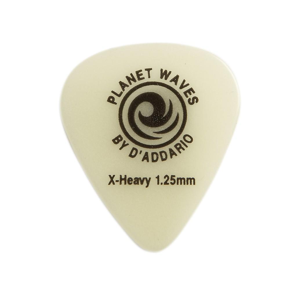 D'Addario Planet Waves Cellu-Glow Guitar Picks Heavy 25 Pack by D'Addario Planet Waves