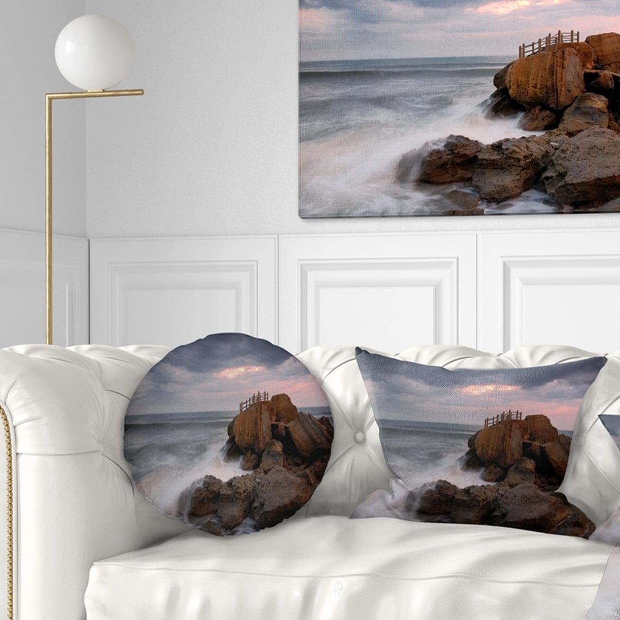 Designart CU10678-16-16-C The Fantasy Island with Large Rocks Seashore Round Cushion Cover for Living Room Sofa Throw Pillow 16