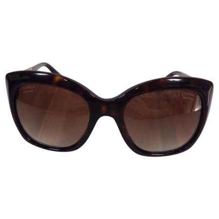 e281897bd644 Chanel - Gently Used Chanel 5347 714/S9 Tortoise Bold Plastic Sunglasses  54mm - Walmart.com