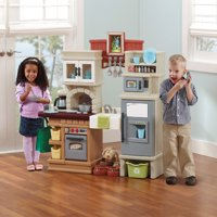 Step2 Heart of the Home Play Kitchen with 40 Piece Accessory Set