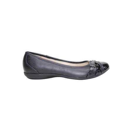 Time and Tru Women's Buckle Toe Flat Shoe