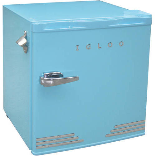 Igloo 1.6 cu ft Retro Compact Refrigerator with Side Bottle Opener