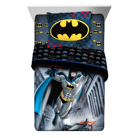 DC Comics Batman Guardian Speed Twin & Full Comforter and Sham Set, 2 Piece
