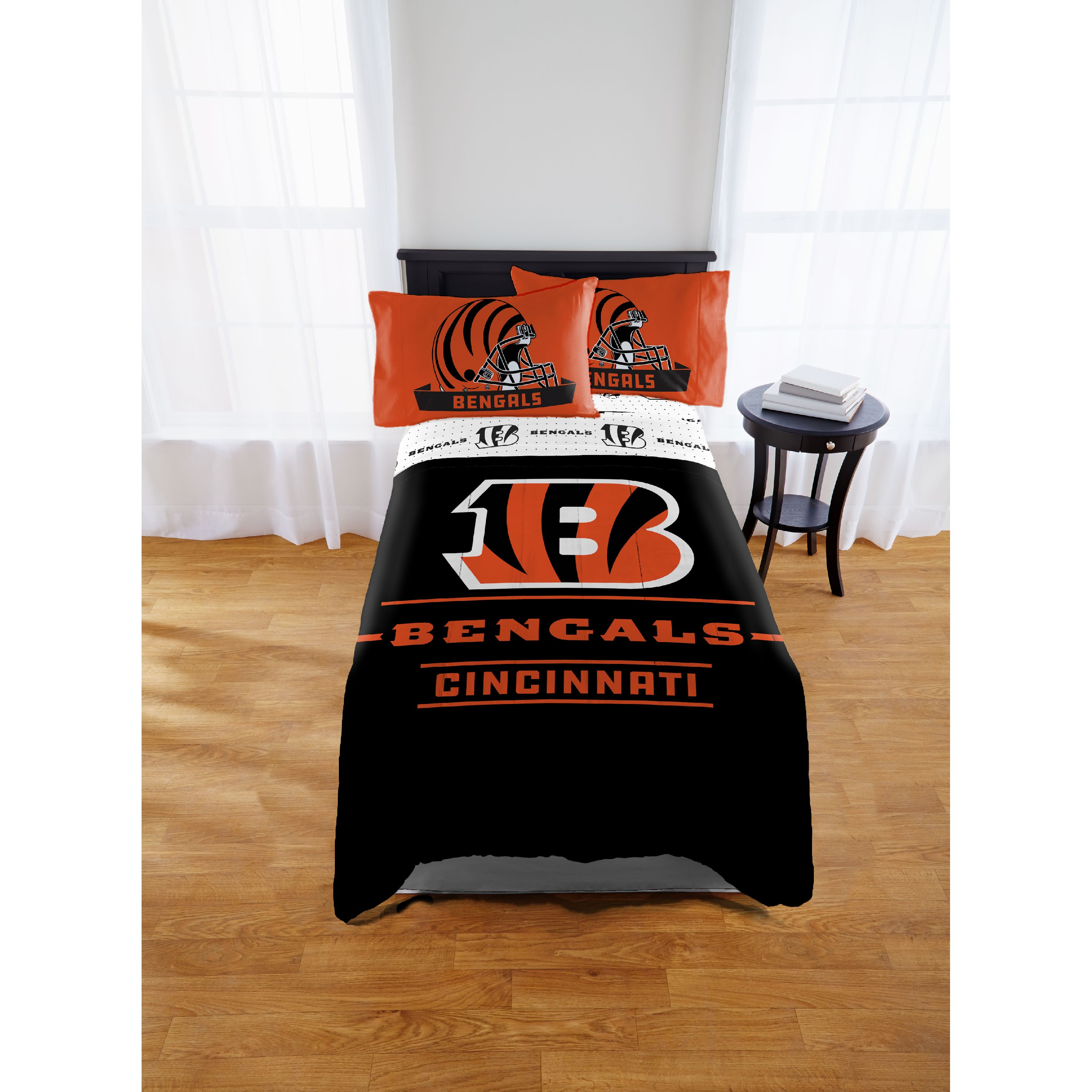 NFL Cincinnati Bengals Monument Twin or Full Comforter, 1 Each