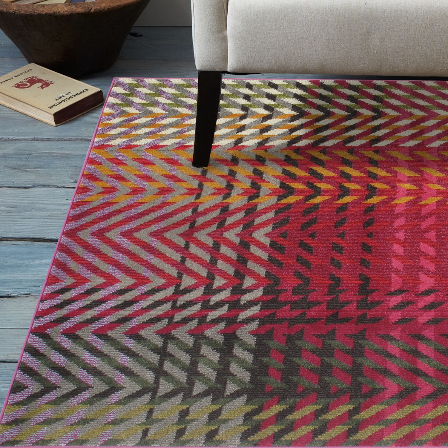 Momeni Abode Multi Power-Loomed Arrow Rug (7'10 x 9'10) by Overstock