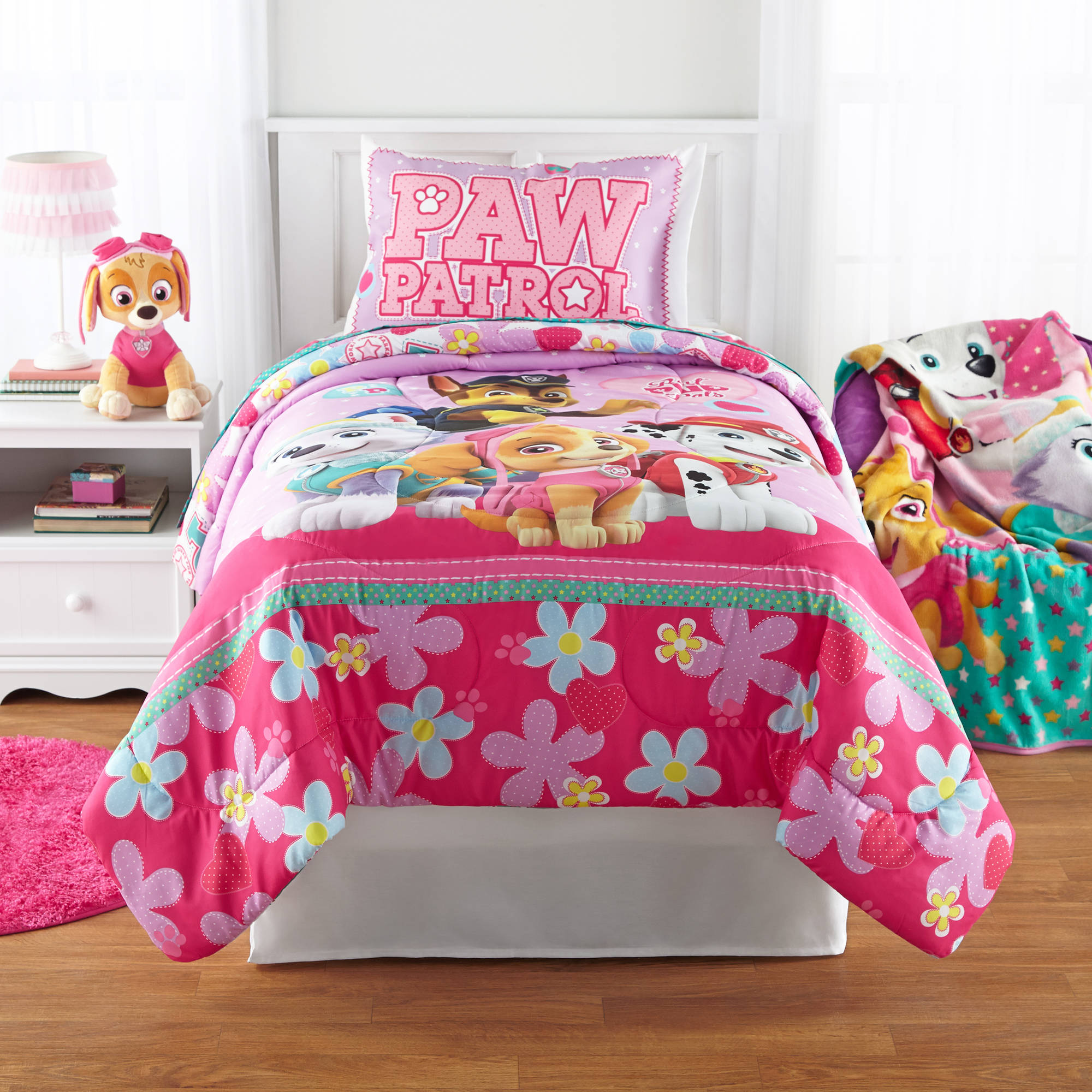 PAW Patrol Girl 'Best Pup' Reversible Twin Full Comforter by Franco