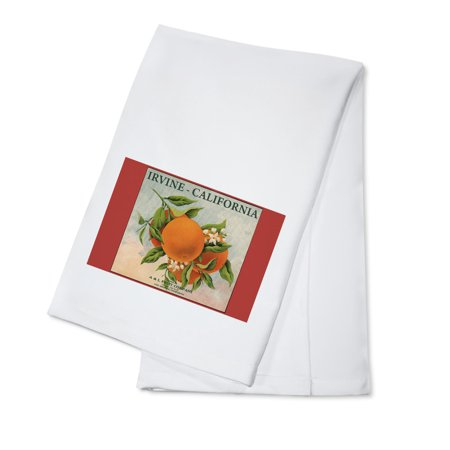 Irvine, California - Fruit Company Orange Label - Citrus Crate Label (100% Cotton Kitchen Towel)