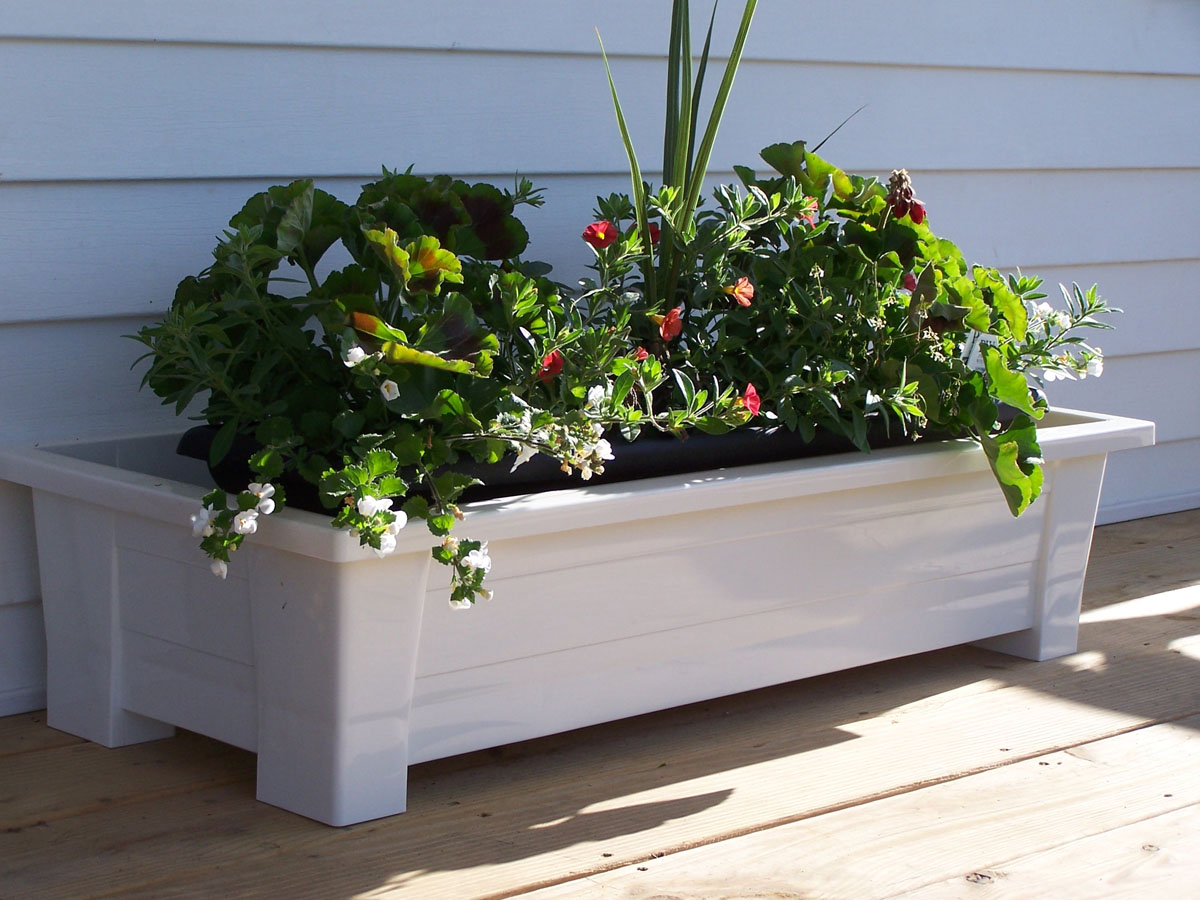 Adams Deck Planter by Adams Manufacturing