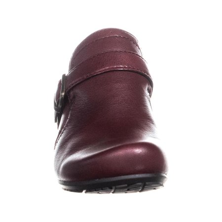 BareTraps Haydon Buckle Strap Low Ankle Boots, Burgundy - image 5 of 6
