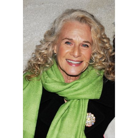 Carole King At A Public Appearance For 79Th Annual Rockefeller Center Christmas Tree Lighting Rockefeller Plaza New York Ny November 30 2011 Photo By Desiree NavarroEverett Collection Celebrity ()