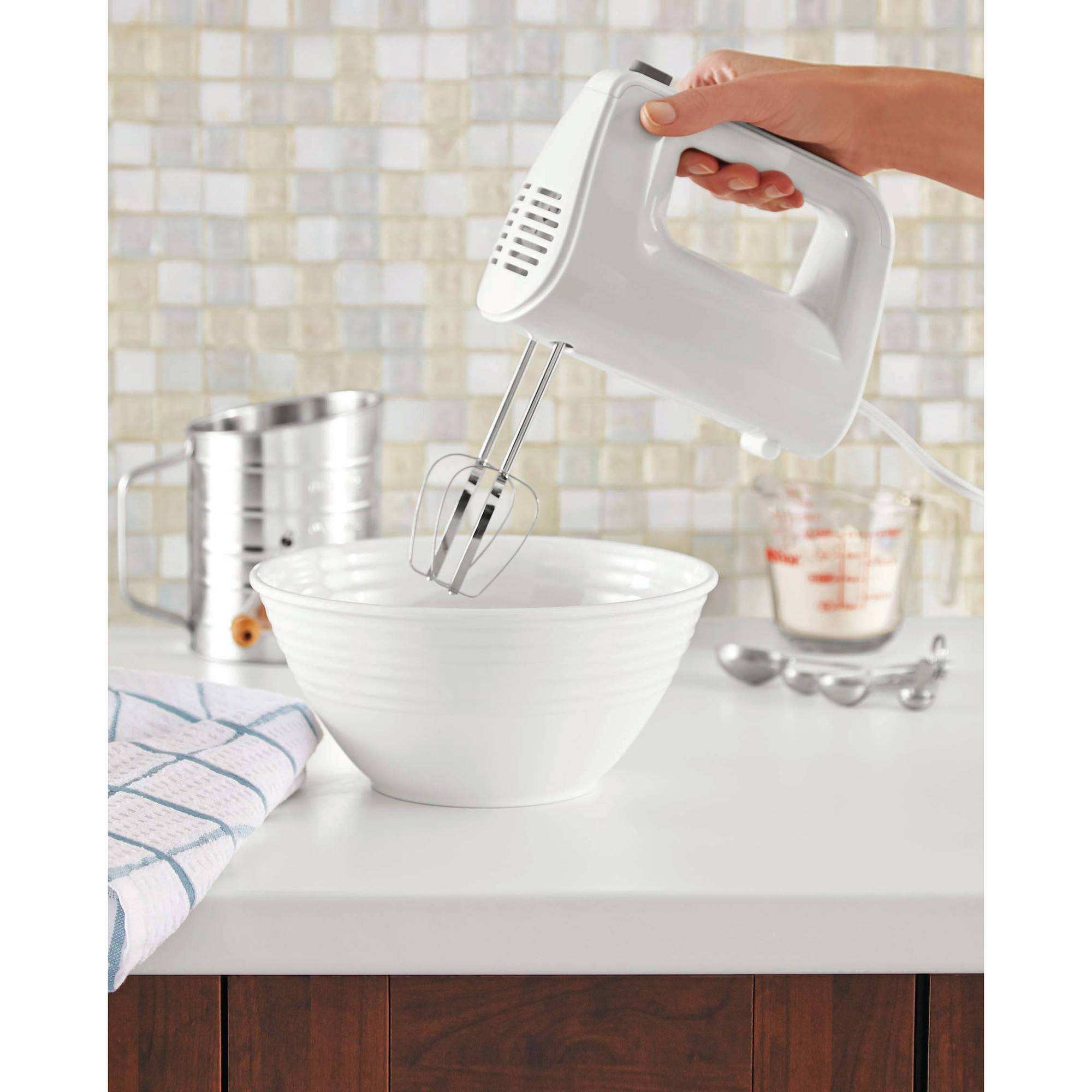 Mainstays 5-Speed Hand Mixer, White by