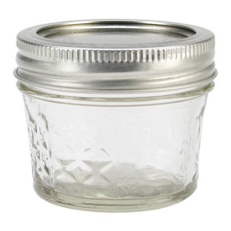 Kerr Regular Mouth Quilted Crystal Jelly Jars with Lids and Bands, 4 oz., 12 Count