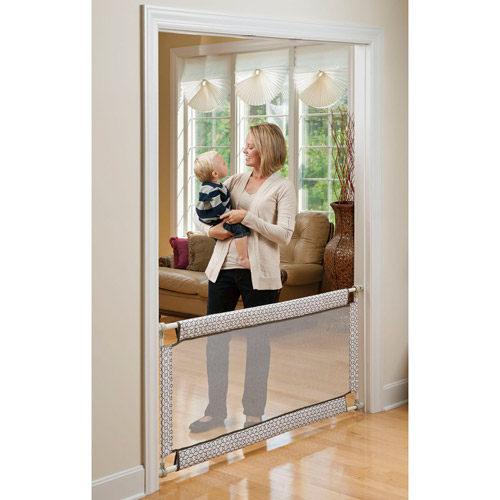 "Evenflo Soft & Wide Pressure Mount Gate, 38""-60"
