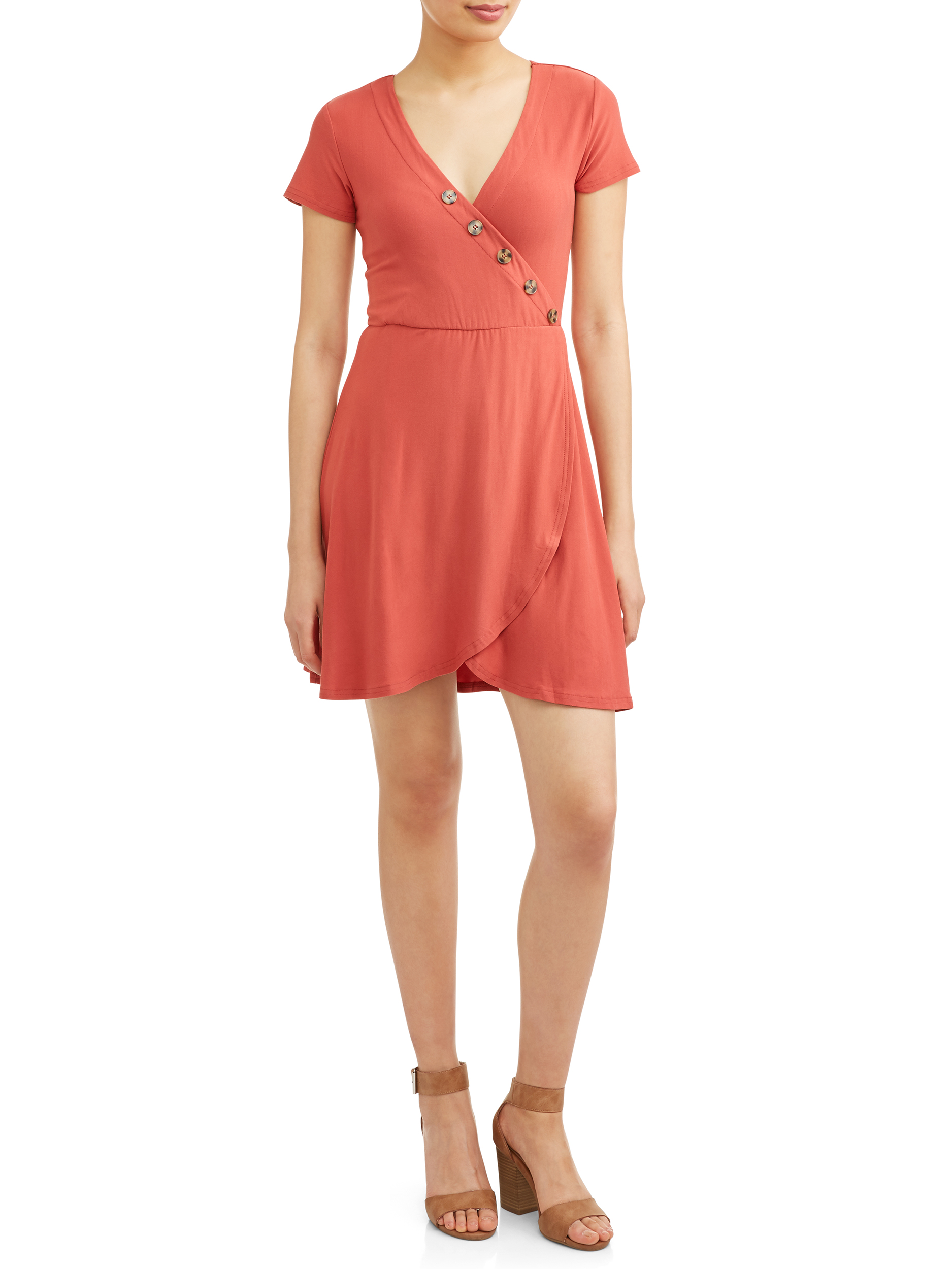 Juniors' Yummy Short Sleeve Wrap Dress with Buttons