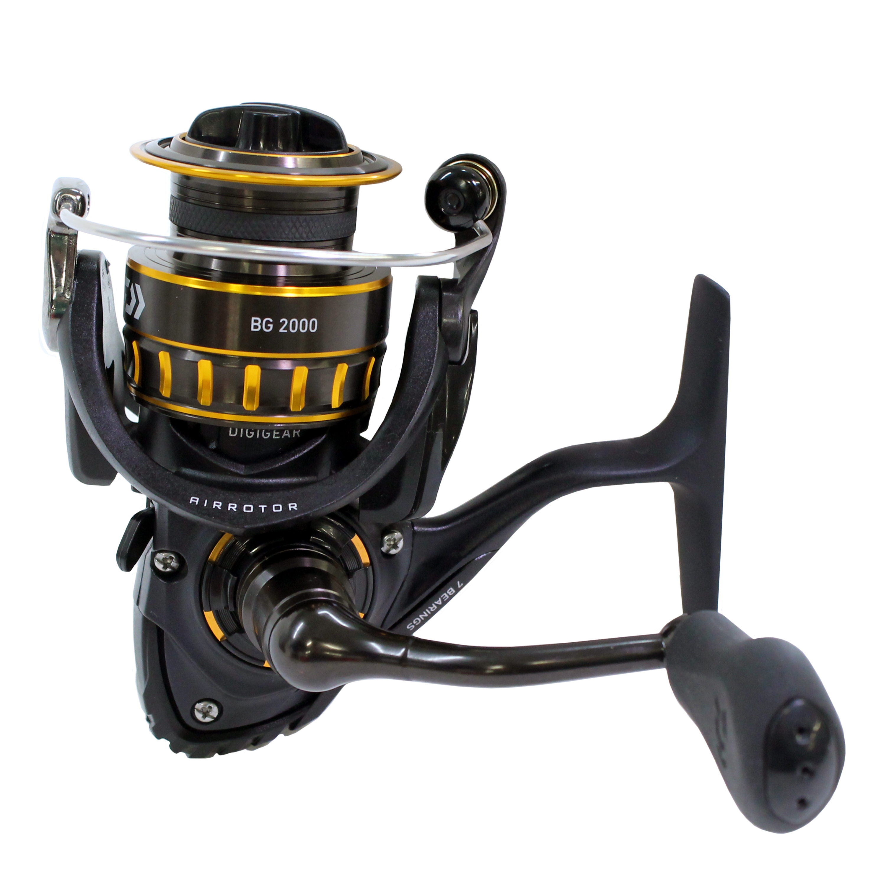 "Daiwa BG Saltwater Spinning Reel 2000, 5.6:1 Gear Ratio, 6+1 Bearings, 29.50"" Retrieve Rate, 4.40 lb Max Drag"