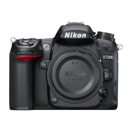 Nikon D7000 - Digital camera - SLR - 16.2 MP - APS-C - 5.8x optical zoom AF-S DX 18-105mm lens -