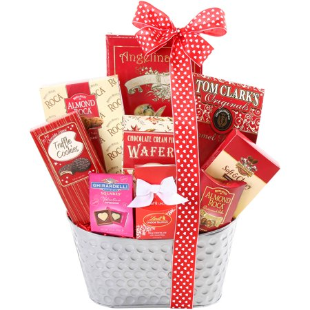 Alder Creek Sweet Valentine Gift Basket, 10 pc