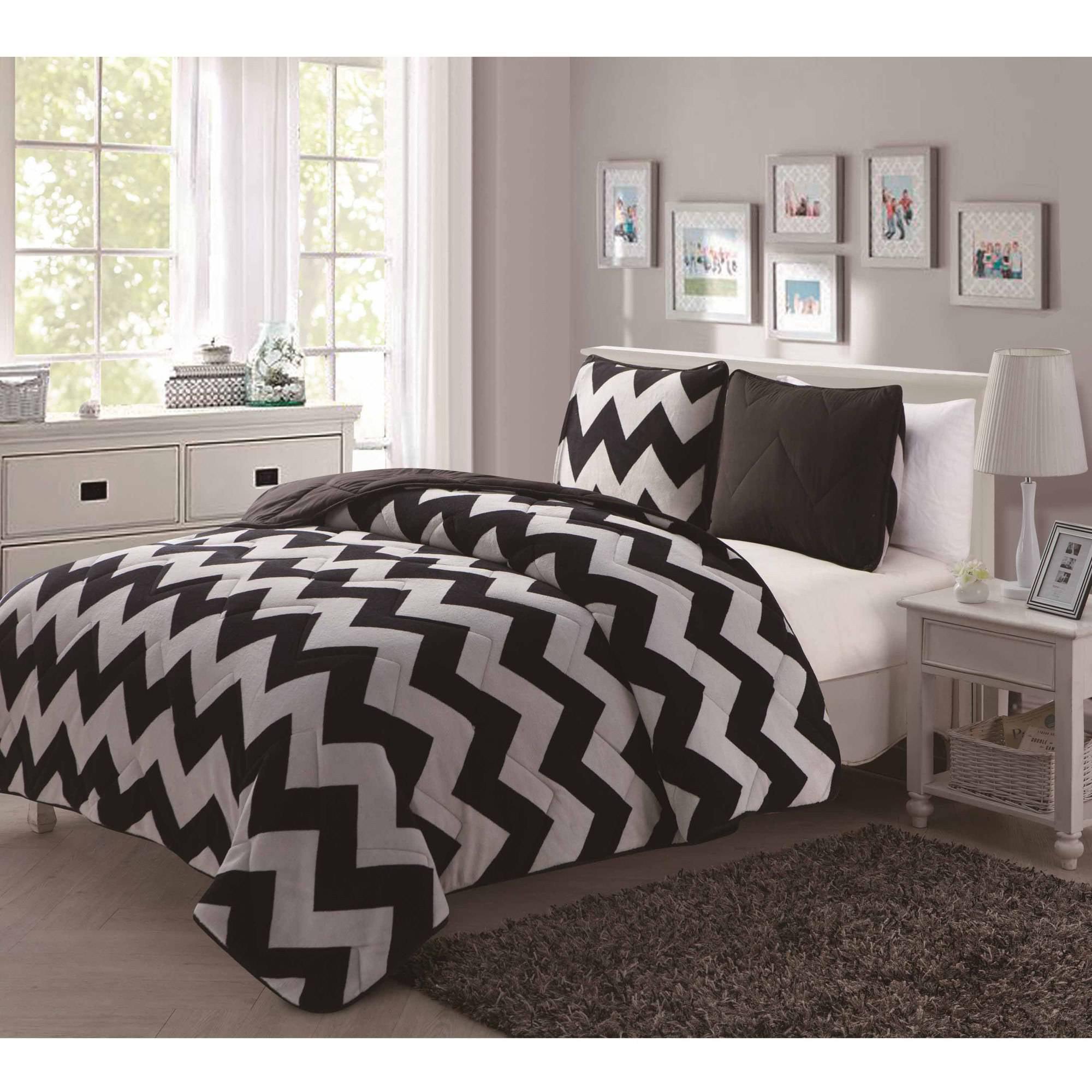 Juniper Comforter Set