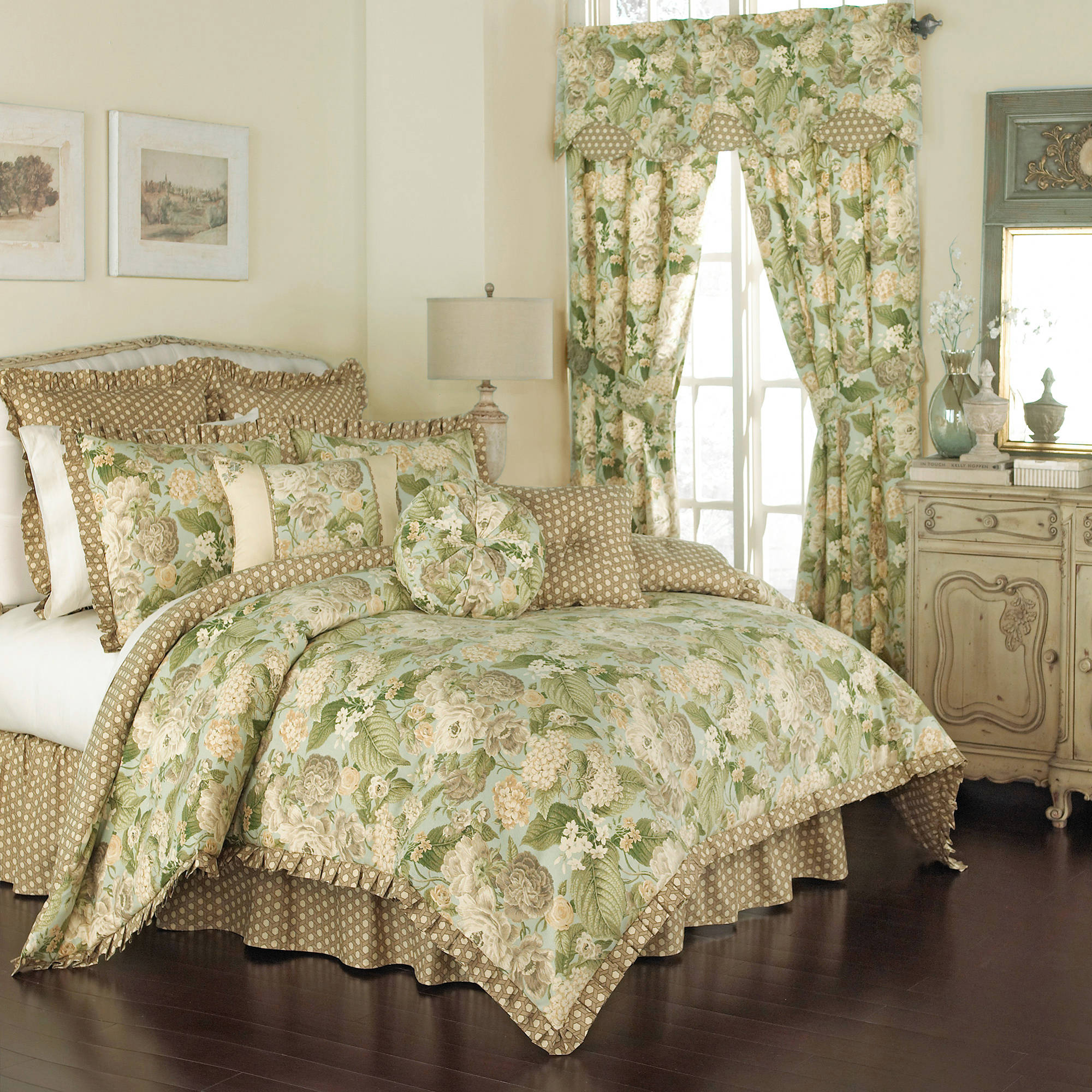 Waverly Garden Glory 4-Piece Bedspread Collection