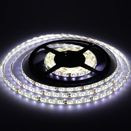 TOPCHANCES Christmas Led Light Strip 16ft 5m 3528 300-SMD Waterproof Decoration Led Strip Light Idea For Home Ceiling,Office Ceiling,Cabinet Display etc. (3528/60 Cool White) ()