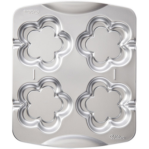 Wilton Blossom Cookie Pops Pan