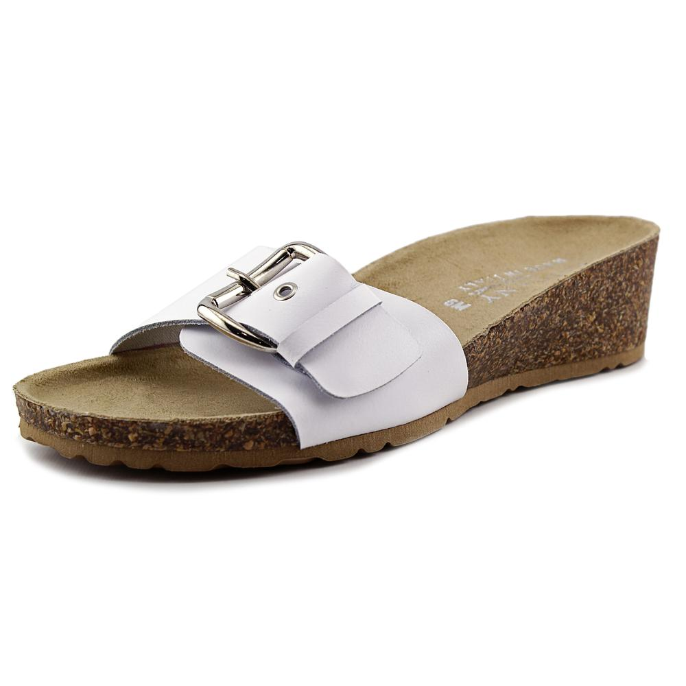 Easy Street Amico Women N S Open Toe Leather Slides Sandal by Easy Street