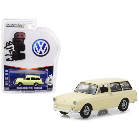1966 Volkswagen Type 3 Squareback Yellow Series 7 Club Vee Dub 1/64 Diecast Model Car by Greenlight (Volkswagen Series)